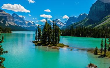 Туры на любой вкус с TourExpert - увлекательные путешествия - заказывайте отдых на озере